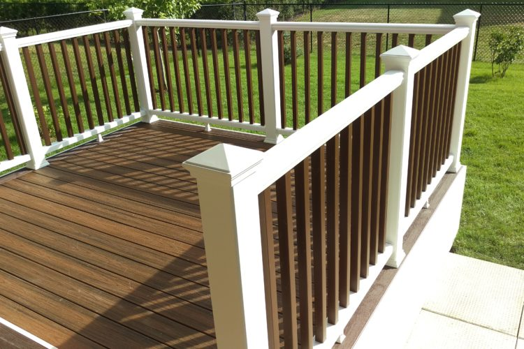 FIVE DESIGN TIPS TO TAKE YOUR UNDER-DECK PATIO TO THE NEXT LEVEL